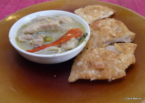 Green Curry and Roti - Kalpapruek