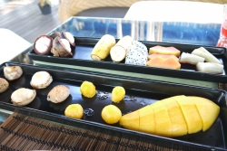 Fresh Fruit and Thai sweets (Treehouse Hotel)